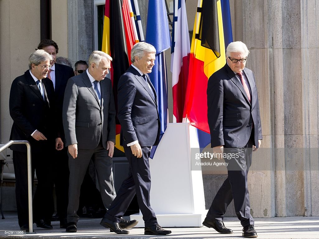 German Foreign Minister Frank-Walter Steinmeier (R), French Foreign Minister Jean-Marc Ayrault (R-3), Italian Foreign Minister Paolo Gentiloni (L) and Belgian Foreign Minister Didier Reynders (L-2) meet to discuss United Kingdom's decision on leaving European Union (EU), at German foreign ministry's guest house Villa Borsig in Berlin, Germany on June 25, 2016.