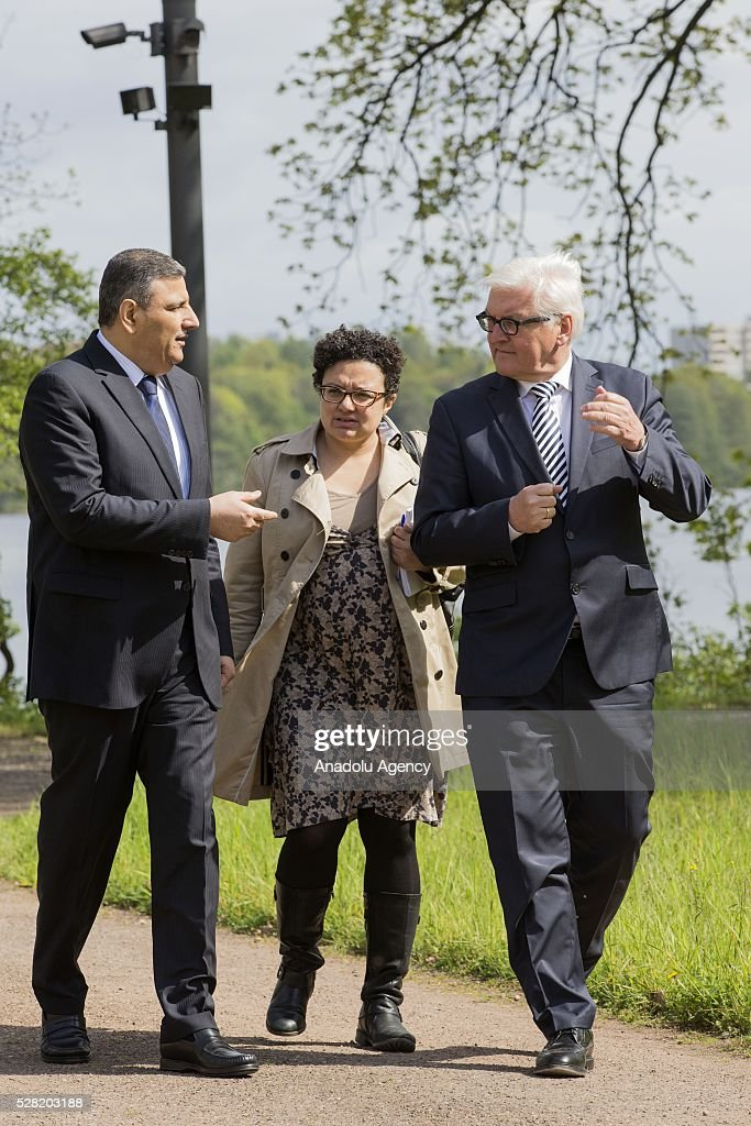 German Foreign Minister Frank-Walter Steinmeier (R) meets the Former Syrian Prime Minister Riyad Farid Hijab (L) at the German Foreign Ministry's guest house Villa Borsig in Berlin, Germany on May 4, 2016.