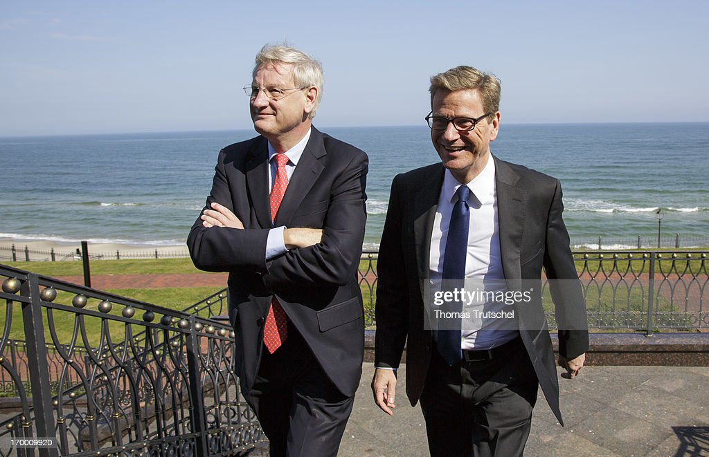 German Foreign Minister <a gi-track='captionPersonalityLinkClicked' href=/galleries/search?phrase=Guido+Westerwelle&family=editorial&specificpeople=208748 ng-click='$event.stopPropagation()'>Guido Westerwelle</a> (R) and Swedish Foreign Minister <a gi-track='captionPersonalityLinkClicked' href=/galleries/search?phrase=Carl+Bildt&family=editorial&specificpeople=3972090 ng-click='$event.stopPropagation()'>Carl Bildt</a> attend the Residence of Russian President before the 18th Ministerial Session of the Council of the Baltic Sea States on June 6, 2013 in Kaliningrad, Russia. The Council of the Baltic Sea States (CBSS), consisting of the Ministers of Foreign Affairs of Denmark, Estonia, Finland, Germany, Iceland, Latvia, Lithuania, Norway, Poland, Russia and Sweden and a representative of the European Union meet for its 18th Session at Pionersky, the Kaliningrad Region.