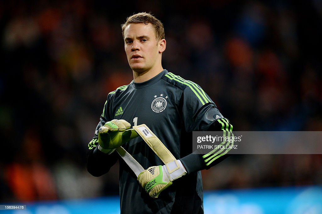 German goalkeeper Manuel Neuer is pictured during the friendly football match Netherlands vs Germany on November 14, 2012 in Amsterdam. AFP PHOTO / PATRIK STOLLARZ