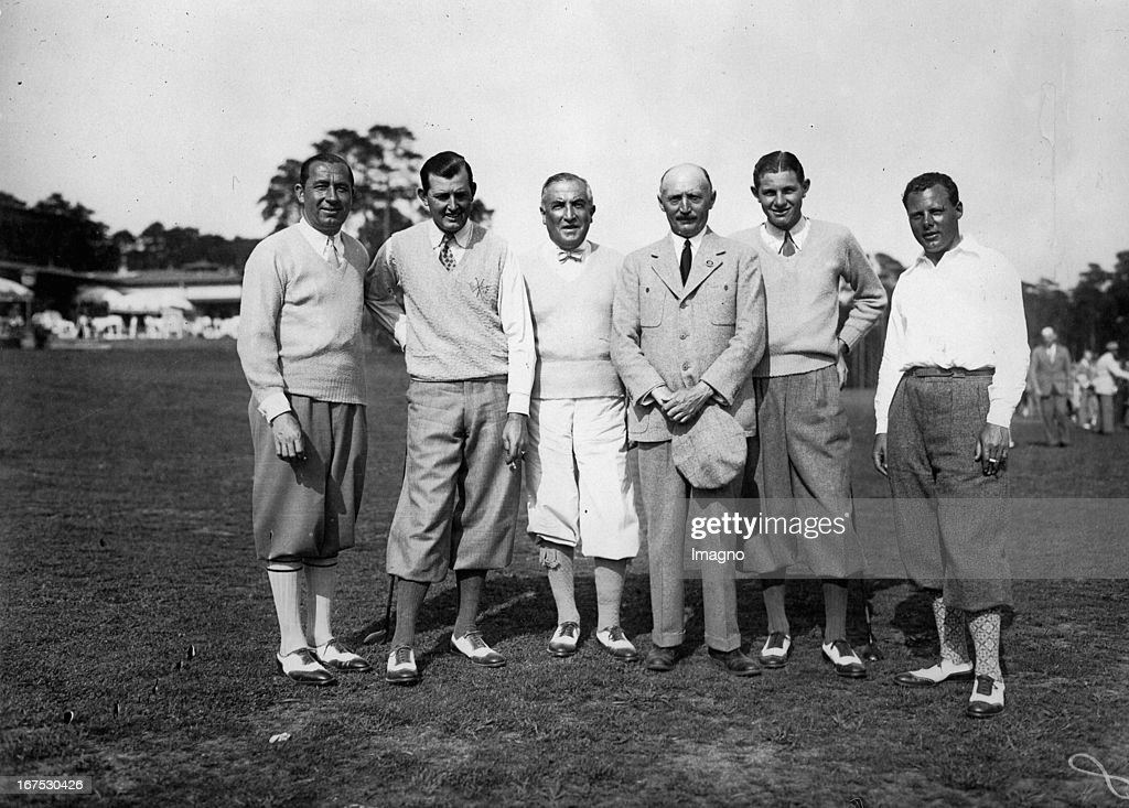 German golf championship in Berlin-Wannsee. From left to right: Walter Hagen - Edweard Dudley (America) - Director Guttmann (President of the Golf club Wannsee) - Gen.sekr. Fahrenholz - Horton Smith (America) and Percy Allis. May 27th 1929. Photograph. (Photo by Imagno/Getty Images) Deutsche Golfmeisterschaft in Berlin-Wannsee. V.l.n.r.: Weltmeister Walter Hagen - Edweard Dudley (Amerika) - Direktor Guttmann (Präsident des Golfklubs Wannsee) - Gen.sekr. Fahrenholz - Horton Smith (Amerika) und Percy Allis. 27.5.1929. Photographie.