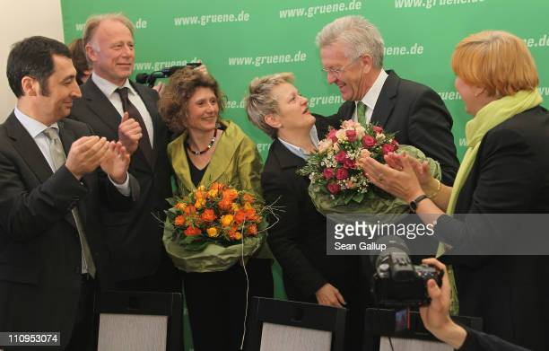 German Greens Party cochairman Cem Oezdemir cochairwoman Claudia Roth coBundestag Greens Party faction leaders Juergen Trittin and Renate Kuenast...