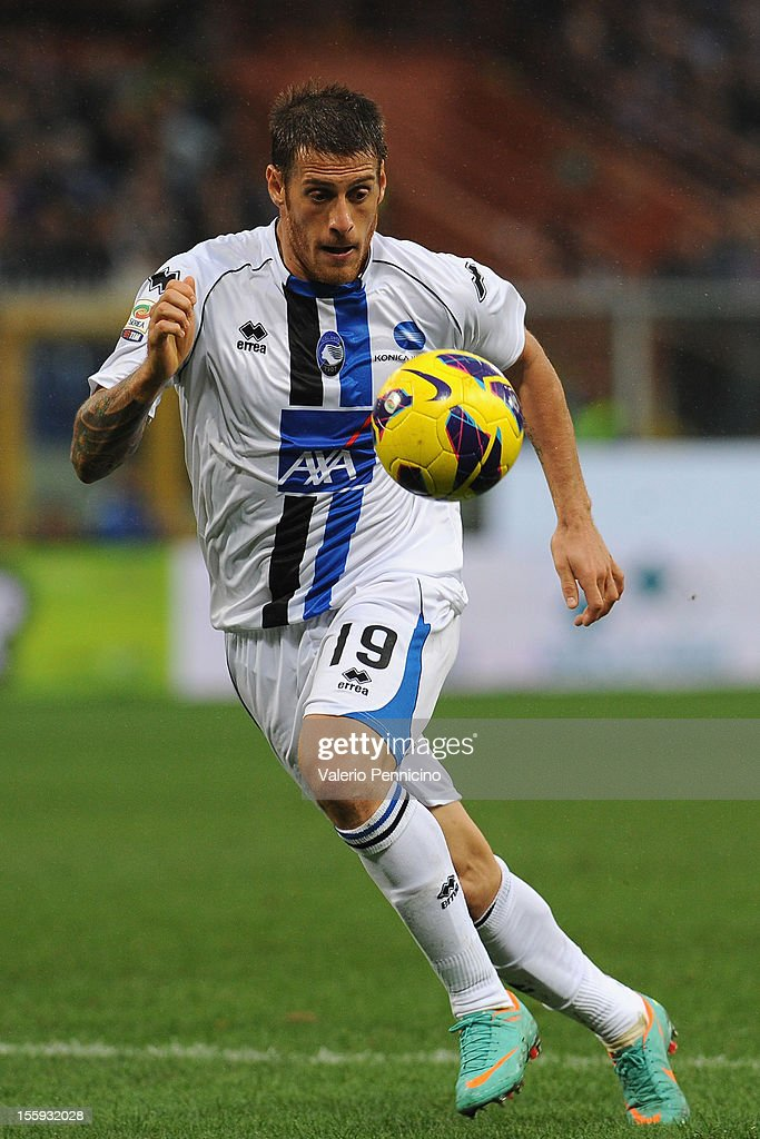 German Gustavo Denis of Atalanta BC in action during the Serie A match between UC Sampdoria and Atalanta BC at Stadio Luigi Ferraris on November 4, 2012 in Genoa, Italy.