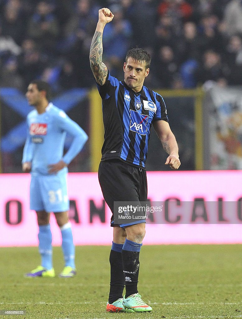 German Gustavo Denis of Atalanta BC salutes the crowd during the Serie A match between Atalanta BC and SSC Napoli at Stadio Atleti Azzurri d'Italia on February 2, 2014 in Bergamo, Italy.