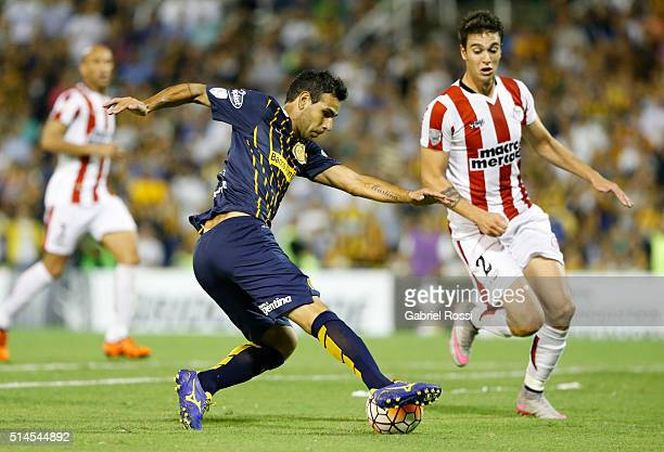 German Gustavo Herrera of Rosario Central drives the ball to score the second goal of his team during a match between Rosario Central and River Plate...