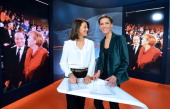 German journalist and news presenter Carolin Ollivier and French counterpart Meline Freda pose in the studios of the FrancoGerman TV network Arte in...