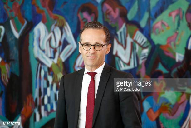 German Justice Minister Heiko Maas arrives for the weekly cabinet meeting on July 12 2017 at the Chancellery in Berlin / AFP PHOTO / Odd ANDERSEN