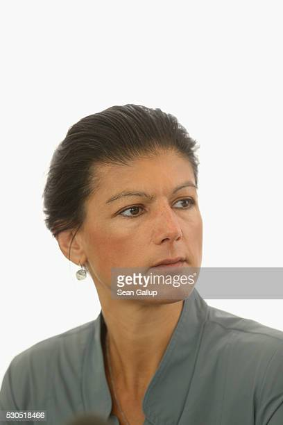 German leftwing politician Sahra Wagenknecht speaks with foreign journalists on May 11 2016 in Berlin Germany Wagenknecht is cochairperosn of the...