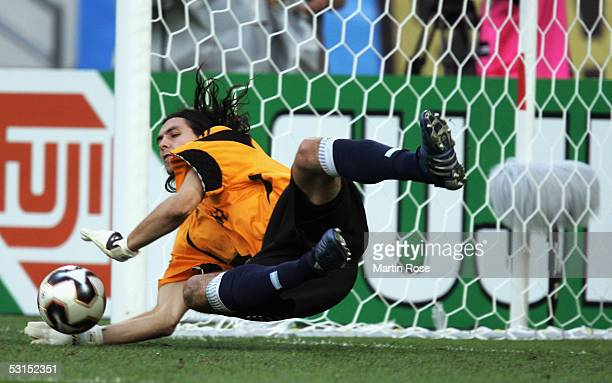 German Lux goalkeeper of Argentina saves a penalty during the FIFA Confederations Cup 2005 Semi Final match between Mexico and Argentina at the...