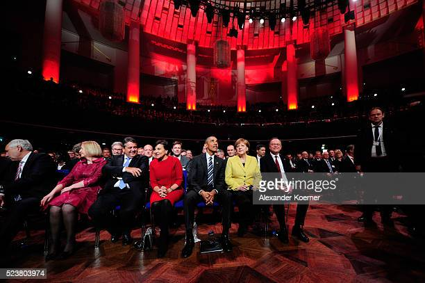 German Minister for Education and Research Johanna Wanka German Minister for Economic Affairs and Energy Sigmar Gabriel US Secretary of Commerce...