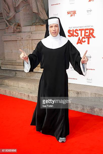 German moderator Oliver Pocher disguised as nun attends the 'Sister Act The Musical' premiere at Stage Theater on October 16 2016 in Berlin Germany
