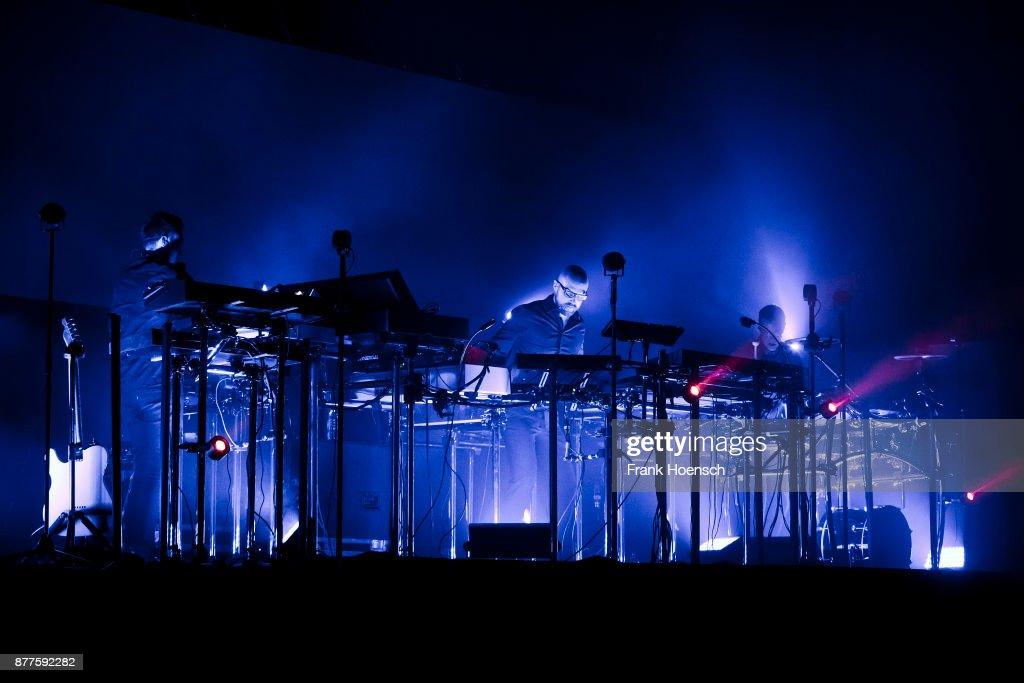 Schiller Perform In Berlin
