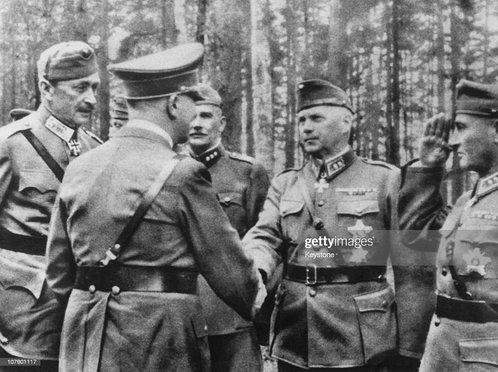 [Image: german-nazi-leader-adolf-hitler-greets-f...d107901117]