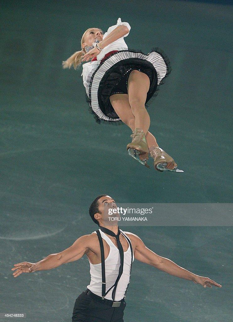 German pair Aliona Savchenko (top) and Robin Szolkowy (bottom) perform during the gala exhibition in the ISU figure skating Grand Prix Final in Fukuoka, western Japan, on December 8, 2013. AFP PHOTO/Toru YAMANAKA