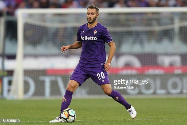 German Pezzella of ACF Fiorentina in action during the Serie A match between ACF Fiorentina and Bologna FC at Stadio Artemio Franchi on September 16...