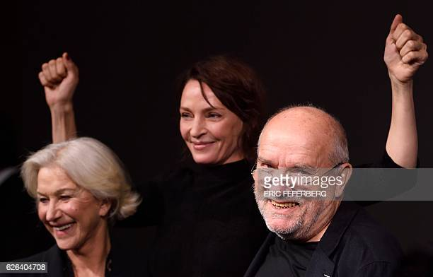 German photographer Peter Lindbergh US actress Uma Thurman and British actress Helen Mirren pose during the presentation of the 2017 Pirelli calendar...