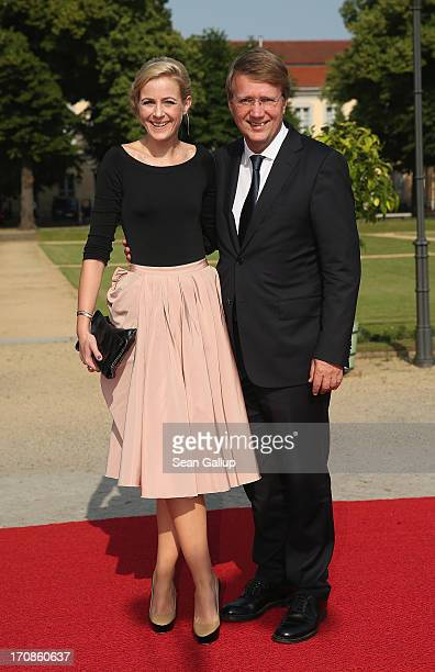 German politician Ronald Pofalla and Nina Hebisch attend the dinner given in honour of US President Barack Obama at the Orangerie of Schloss...