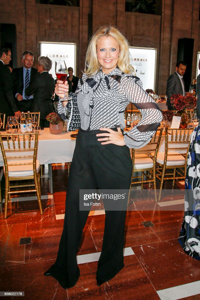 German presenter Barbara Schoeneberger attends the Florale By Triumph Dinner Hosted By Julianne Moore Dinner at Altes Stadthaus on October 5, 2017 in Berlin, Germany.