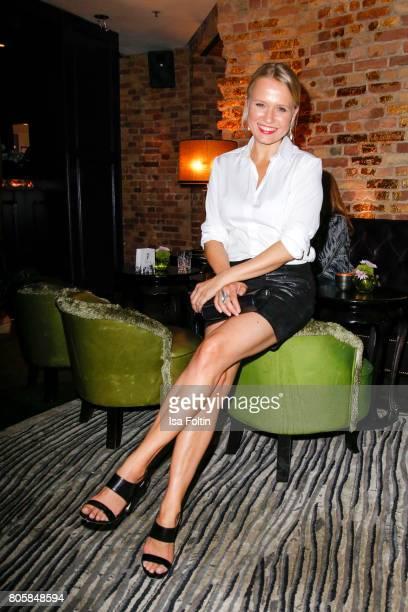German presenter Nova Meierhenrich during the host of Annabelle Mandengs Ladies Dinner at Hotel Zoo on July 2 2017 in Berlin Germany