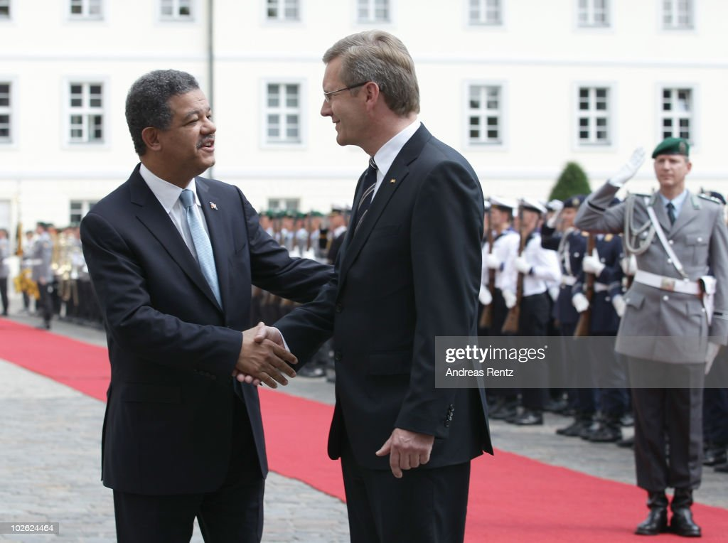 Wulff Welcomes Dominican Republic's President Reyna