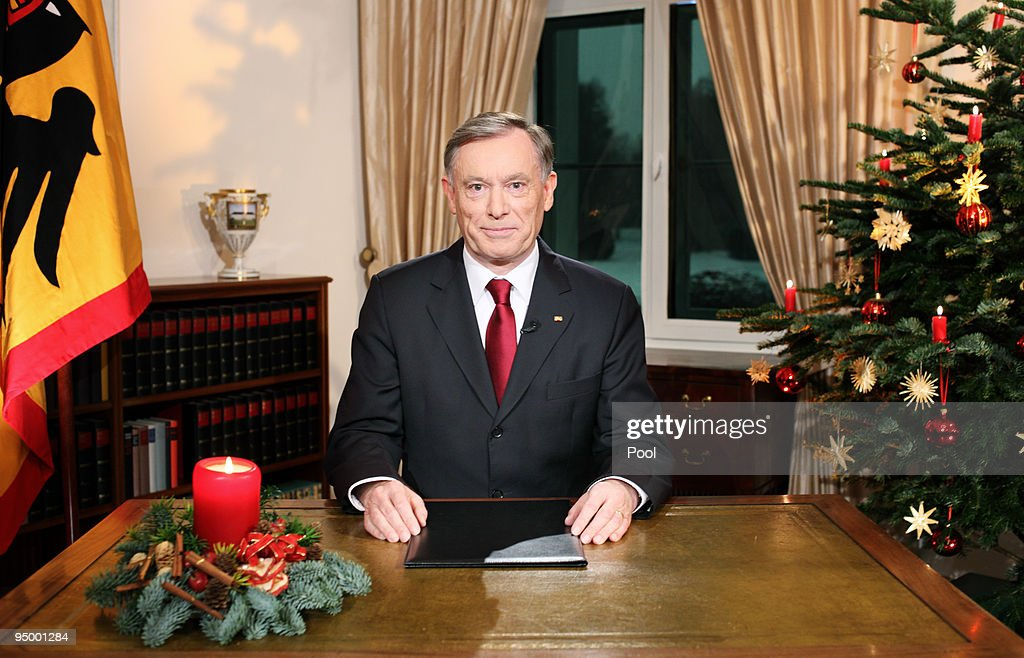 German President <a gi-track='captionPersonalityLinkClicked' href=/galleries/search?phrase=Horst+Koehler&family=editorial&specificpeople=209063 ng-click='$event.stopPropagation()'>Horst Koehler</a> delivers his annual Christmas speech on December 22, 2009 in Berlin, Germany.