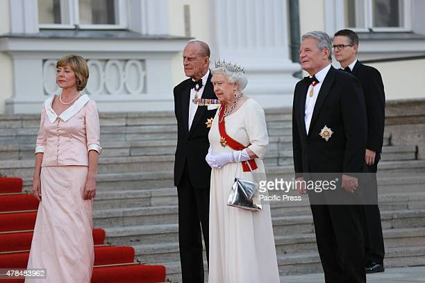 German President Joachim Gauck and Daniela Schadt invites the Queen Elizabeth II and Prince Philip to the State banquet in Schloss Bellevue in Berlin