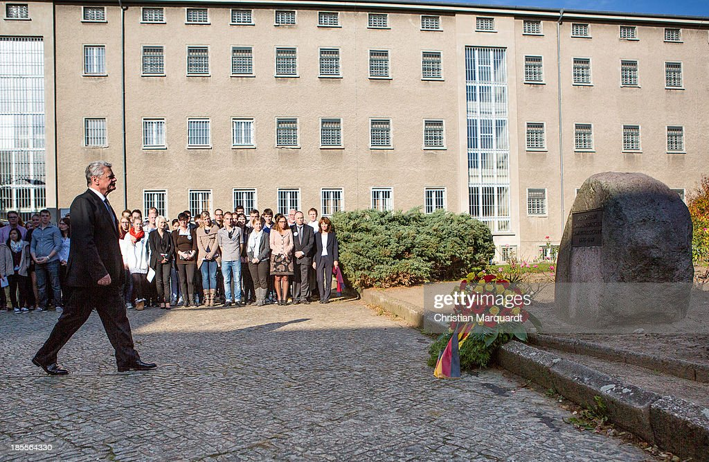 German President <a gi-track='captionPersonalityLinkClicked' href=/galleries/search?phrase=Joachim+Gauck&family=editorial&specificpeople=2077888 ng-click='$event.stopPropagation()'>Joachim Gauck</a> during a wreath laying on October 22, 2013 in Berlin, Germany. 'Hohenschoenhausen' was the remand prison for people detained by the former East German Ministry for State Security (MfS) or 'Stasi' and has been a Memoral since 1994.