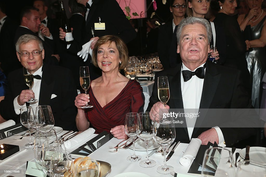 German President Joachim Gauck (R), his partner Daniela Schadt and Bundespresseball Chairman Gregor Mayntz attend the 2012 Bundespresseball (Federal Press Ball) at the Intercontinental Hotel on November 23, 2012 in Berlin, Germany.