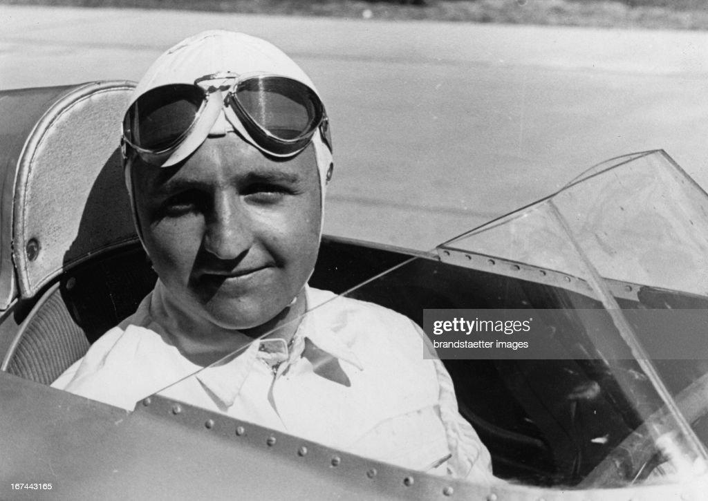 German racecardriver Ernst von Delius. Photograph. 1935. (Photo by Imagno/Getty Images) Der deutsche Autorennfahrer Ernst von Delius. Photographie. 1935.