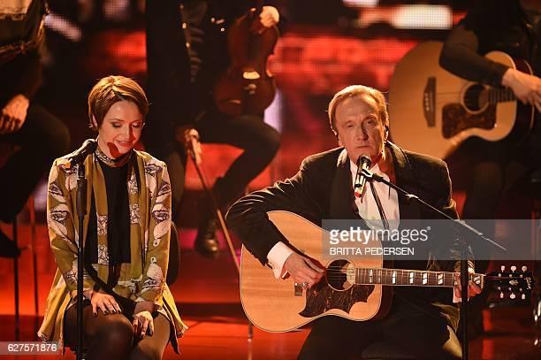 German singer Marius MüllerWesternhagen and his daughter Mimi perform during the Ein Herz Für Kinder Gala 2016 on December 3 2016 in Berlin Germany...