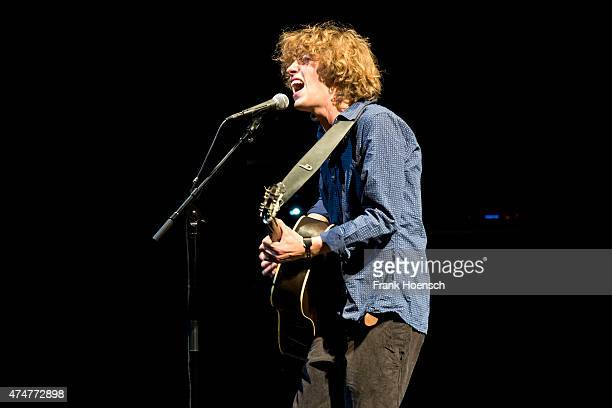 German singer Max Prosa performs live during a concert at the Volksbuehne on May 24 2015 in Berlin Germany