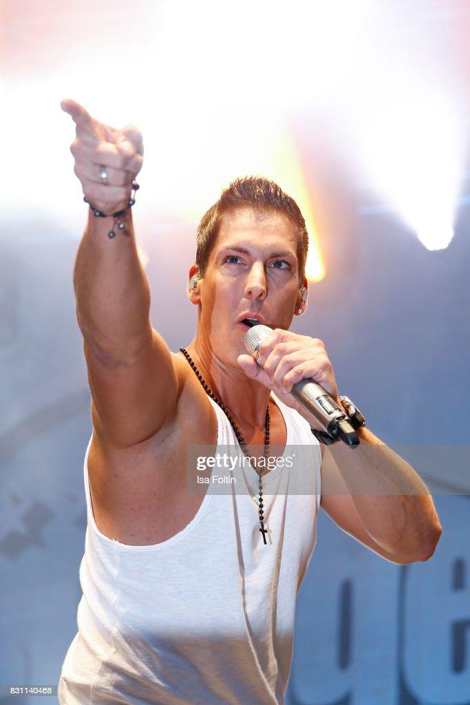 German singer Norman Langen performs at the SchlagerOlymp Open Air Festival at Freizeit und Erholungspark Luebars on August 12, 2017 in Berlin, Germany.