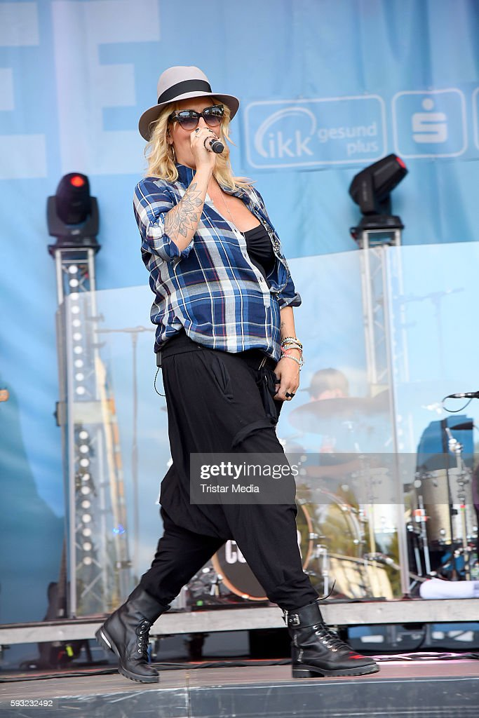 German singer Sarah Connor performs at the Radio Brocken Sommer Open Air Stars For Free on August 21 2016 in Magdeburg Germany