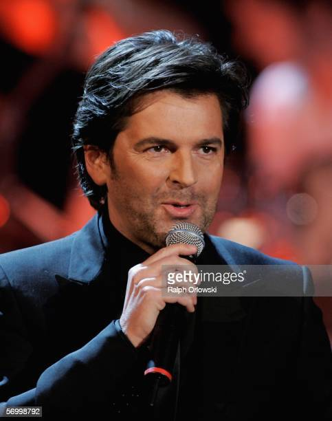 German singer Thomas Anders performs during the live broadcast of 'Wetten dass' on ZDF television at the Festhalle on March 4 2006 in Frankfurt...