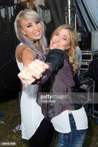 German singers Annemarie Eilfeld and Laura Wilde during the SchlagerOlymp on August 13 2016 in Berlin Germany