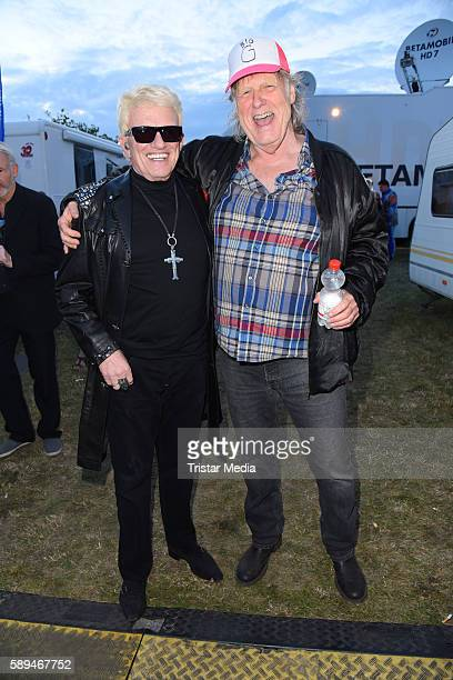 German singers Heino and Gunter Gabriel during the SchlagerOlymp on August 13 2016 in Berlin Germany