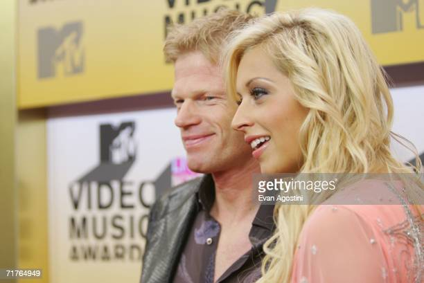 German soccer player Oliver Kahn and Verena Kerth attends the 2006 MTV Video Music Awards at Radio City Music Hall August 31 2006 in New York City