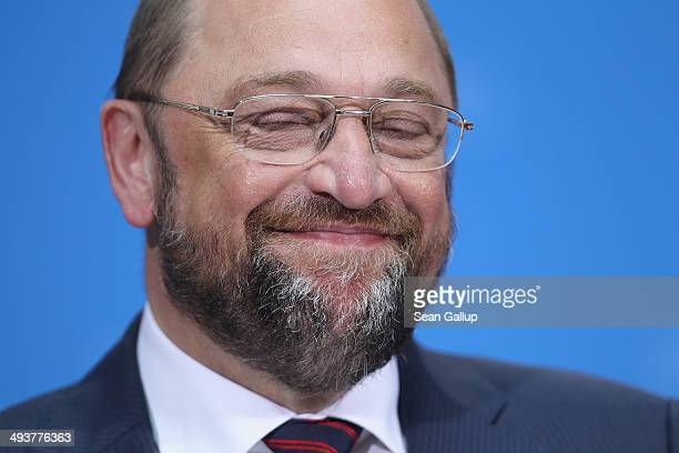 German Social Democrat Martin Schulz who has been leading in pools to become the next president of the European Commission speaks to supporters after...