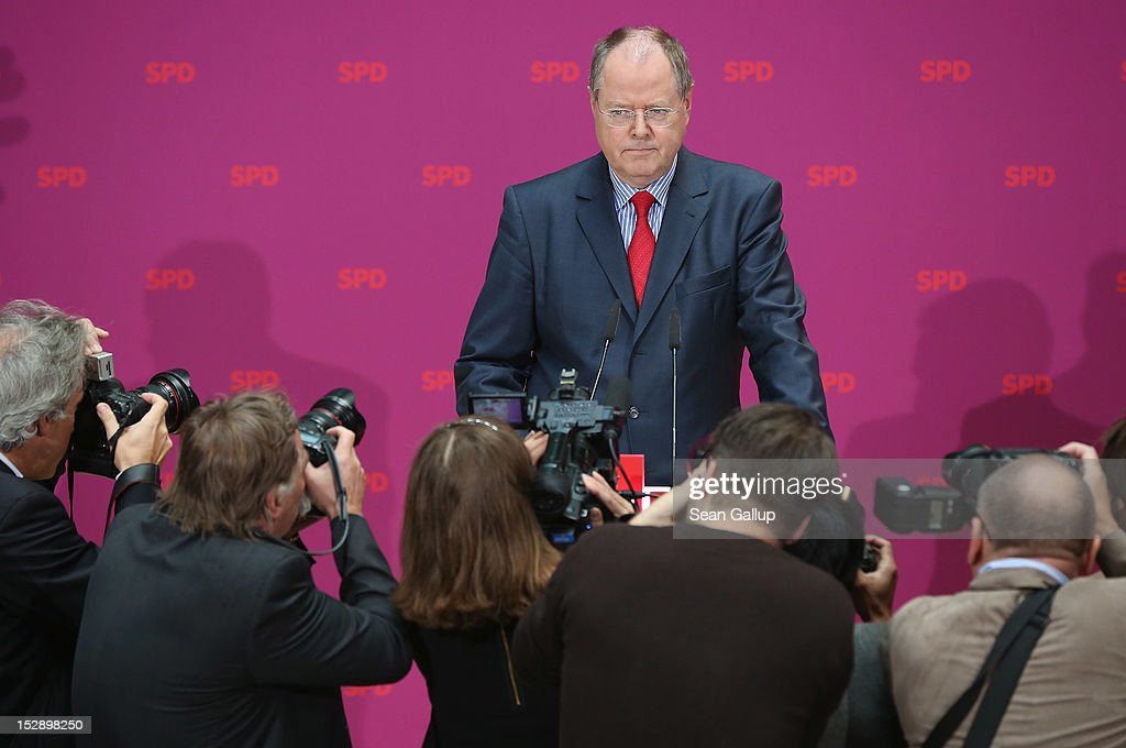 German Social Democrat Peer Steinbrueck arrives to give a statement to the press on September 28 2012 in Berlin Germany The SPD confirmed Peer...