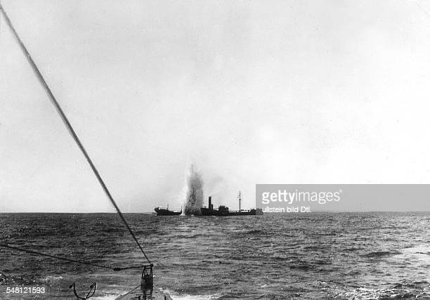 German submarine U35 sinking the British freighter 'Maplewood' that carried iron ore from Tunis to England