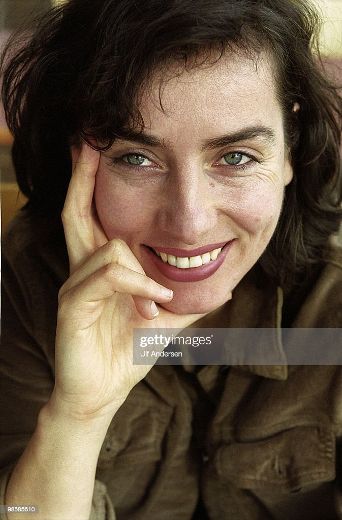 German writer/author Alissa Walser poses during a portrait session held on March 20, 2002 in Paris, France.