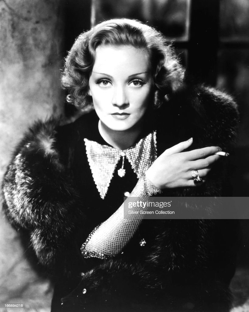 German-American actress <a gi-track='captionPersonalityLinkClicked' href=/galleries/search?phrase=Marlene+Dietrich&family=editorial&specificpeople=70018 ng-click='$event.stopPropagation()'>Marlene Dietrich</a> (1901 - 1992) in a promotional portrait for 'Shanghai Express', directed by Josef von Sternberg, 1932.