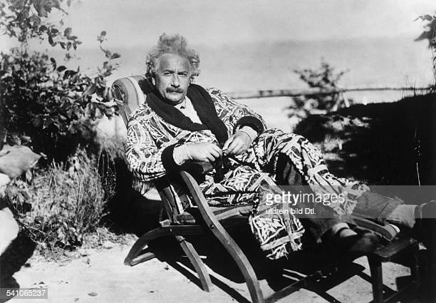 ' German/American physicist Albert Einstein in a deck chair at the Baltic Sea 1928