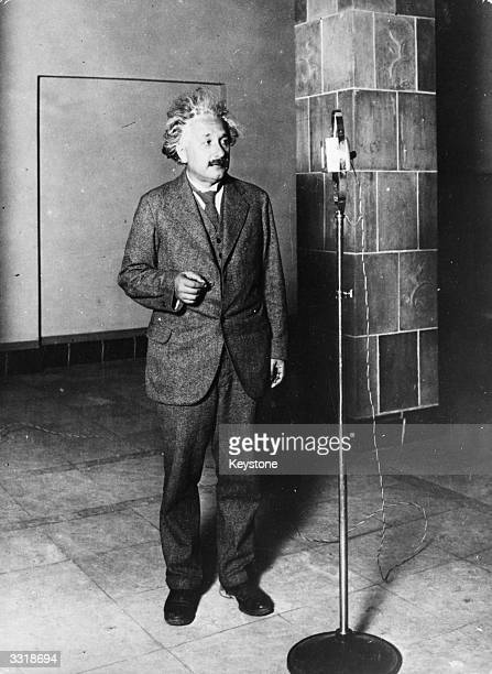 GermanSwiss American physicist and mathematical genius Albert Einstein during a broadcast when he spoke to Thomas Edison and was heard by fifty...