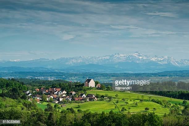 Germany, Baden-Wuerttemberg, Constance district, Freudental Castle in front of Appenzell Alps and Saentis