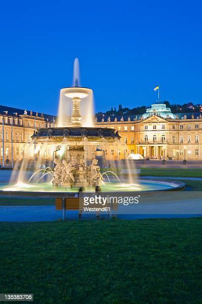 Germany, Baden-Wurttemberg, Stuttgart, View of fountain in front of New Castle at Schlossplatz