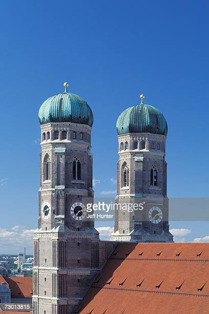 Germany, Bavaria, Mucich, Marienplatz, Frauenkirche, twin onion domes