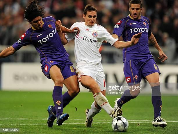 Germany Bavaria Munich UEFA Champions League season 20082009 Group F firstleg match FC Bayern Muenchen v Fiorentina 30 Miroslav Klose of Bayern...