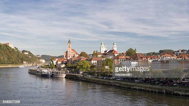 Germany, Bavaria, Passau, historic city center at River Danube, Panorama