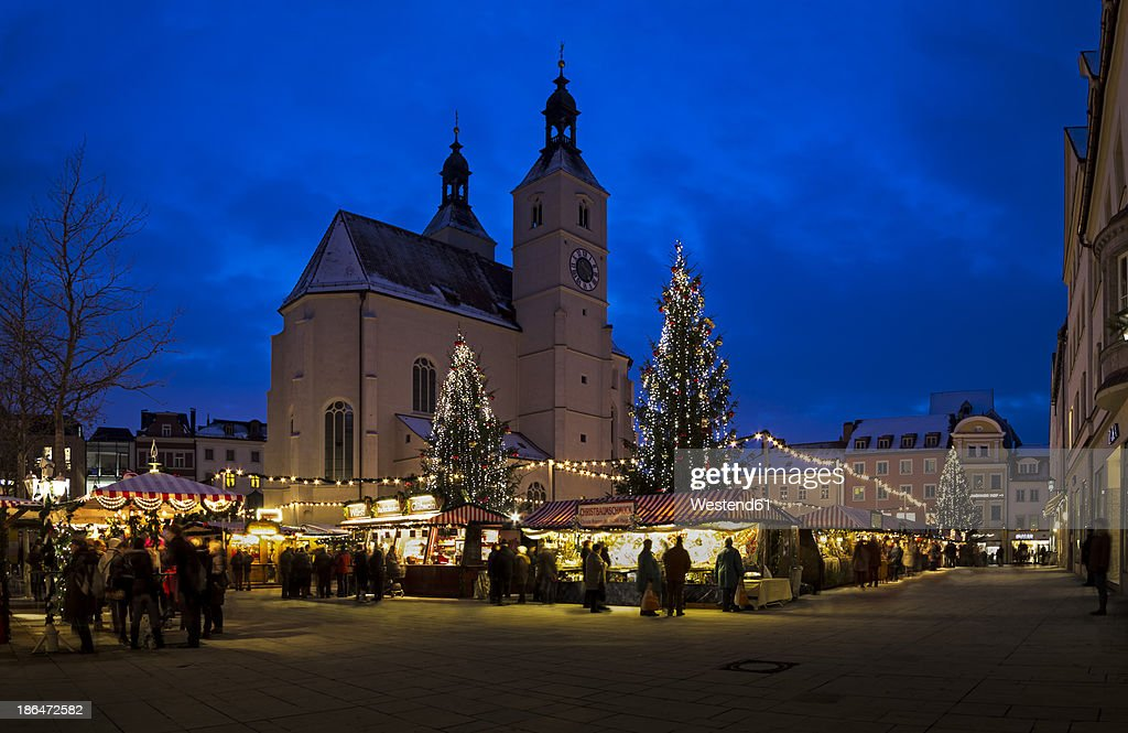 Germany, Bavaria, Regensburg, View of Christmas market at night